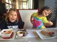 diner-girls